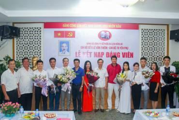 Kết nạp Đảng viên mới Hương Sen